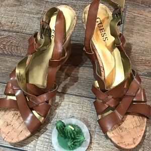 Guess weather sandals cork size 8